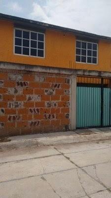 Casa Con 5 Habitaciones En Santiago Miltepec, Toluca.