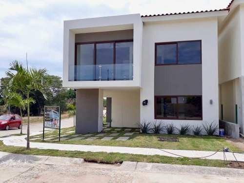 Casa Nueva En Flamingos Club Residencial, Bucerias- Mangos Tipo 2