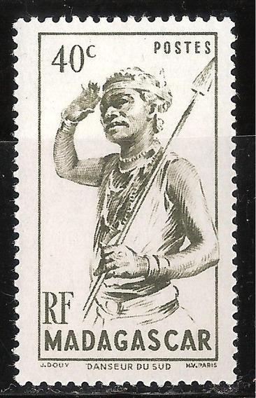 Madagascar - Nativa Con Lanza - 1946