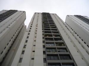 17-10659 Amplio Apartamento En El Cigarral