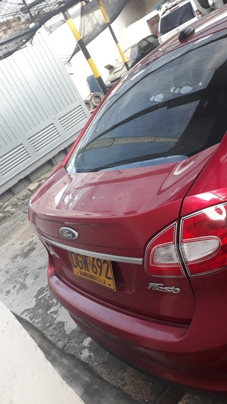 Ford Fiesta Sedan Automatico