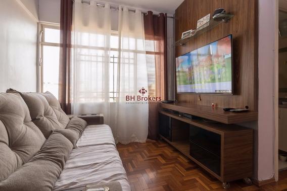 Apartamento Com 2 Quartos Para Comprar No Sagrada Família Em Belo Horizonte/mg - 8145