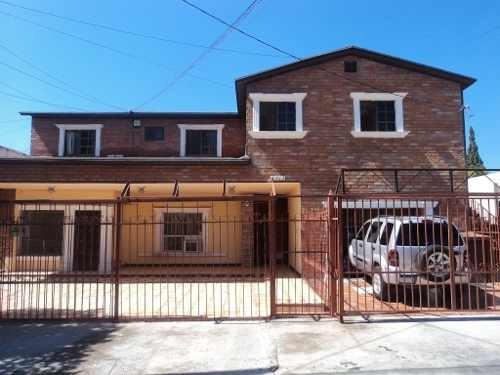 Casa Muy Amplia, Totalmente Equipada, Excelente Ubicación, Cerca De Avenidas Principales.
