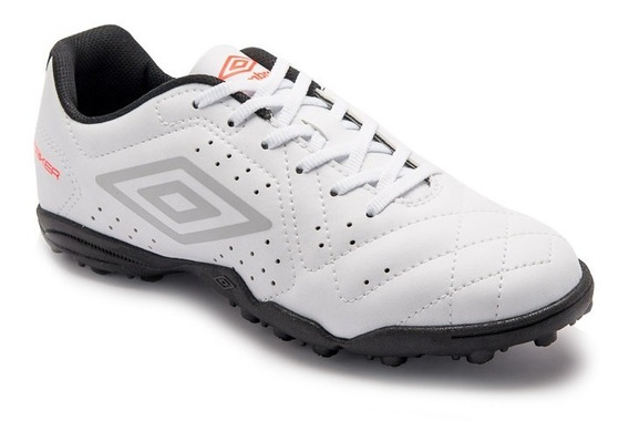 Chuteira Umbro Society Striker 6