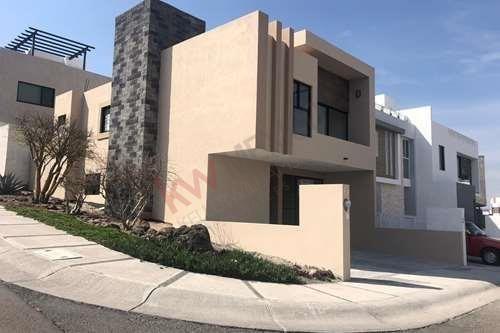 Casa Nueva En Venta En Condominio, Fraccionamiento Zibatá