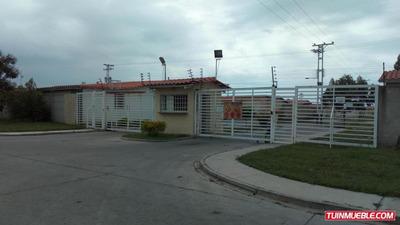 Apartamento En Venta En Ciudad Alianza 18-6472 0424-4305780