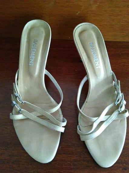 Sandalias N° 37 En Color Crema Basement