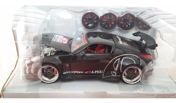 Jada Toys 1/24 Nissan Z Apex Import Racer - C/ Jogo De Rodas