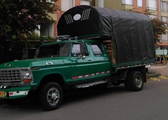 Camioneta Estacas Ford 250 Doble Cabina