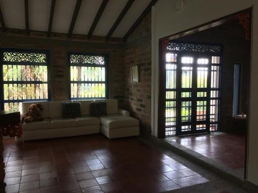 Casas En Arriendo Loma Del Escobero 622-10540