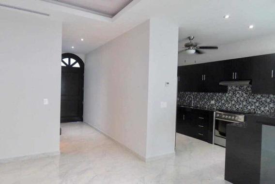 Renta Hermosa Casa En Residencia Aqua Fase 1