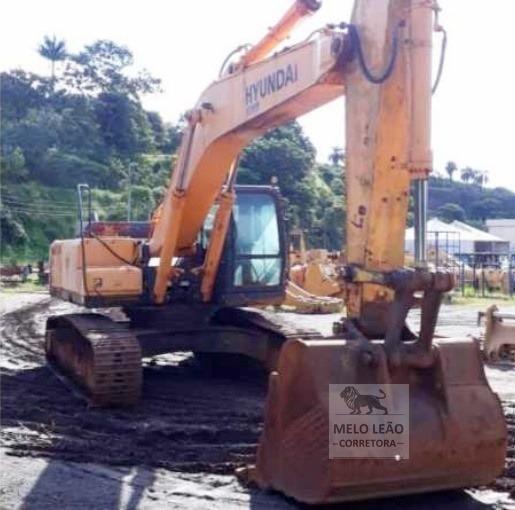 Escavadeira Hyundai R-320 - Ano 2003 - Muito Bem Cuidada