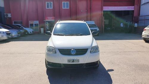Volkswagen Suran 1.6 Comfortline 2010