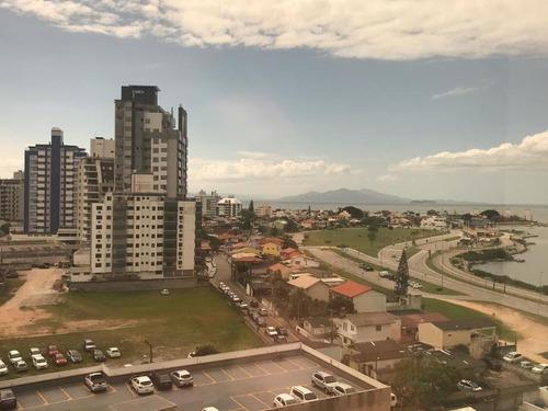 Imagem 1 de 13 de Sala Comercial Vista Mar, Andar Alto E 1 Vaga De Garagem. - Sa0704
