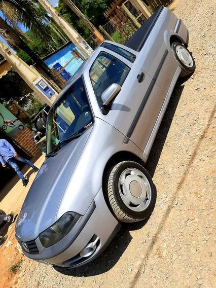 Volkswagen Saveiro 1.8 2 P 2001 Prata Ótimo Estado