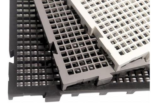 Imagem 1 de 2 de Palete Estrado Palets Plástico Kit 16 Un Pisoplastic Fabrica