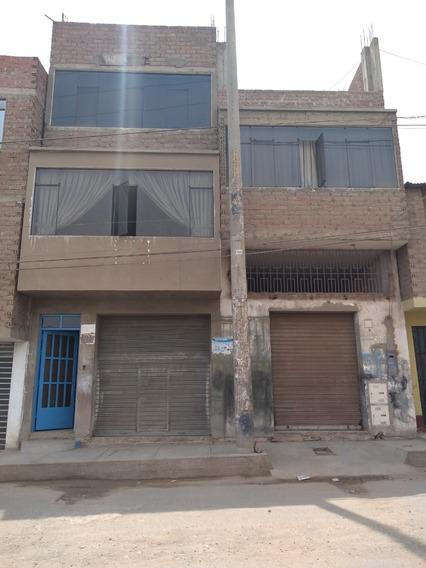 Casa De 3 Pisos, 1 Baño Y 2 Dormitorios