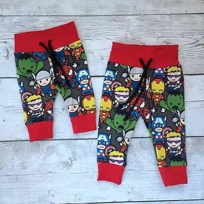 Calça Jogger Infantil Heróis Marvel