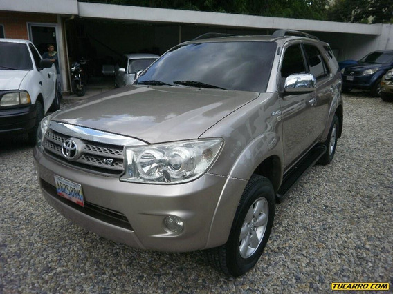 Toyota Fortuner Sr Automática