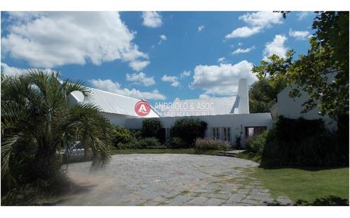 Espectacular Casa En El Golf - Ref: 6524