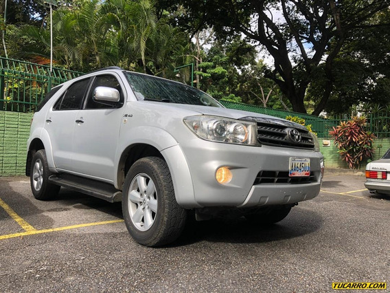 Toyota Fortuner Sr7 4x4 7ptos