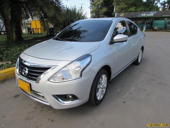 Nissan Versa 1600 At