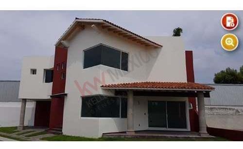 Se Vende Hermosa Casa En Fraccionamiento La Cantera, Queretaro.