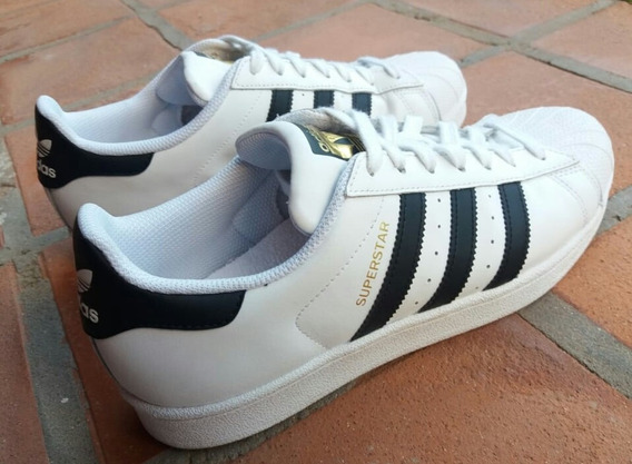 adidas Superstars, Un Solo Uso
