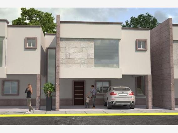Casa En Venta En Las Lomas