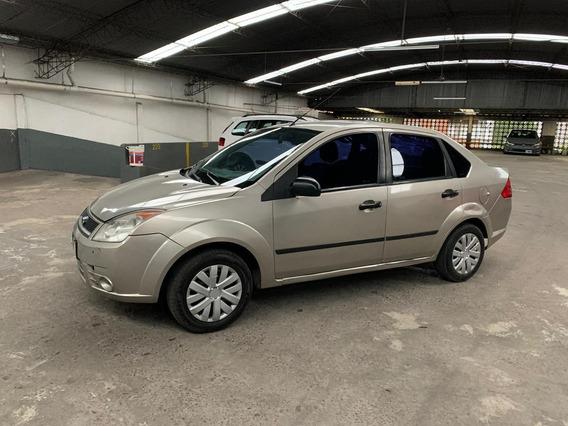 Ford Fiesta Max 1.6 8 Valvulas