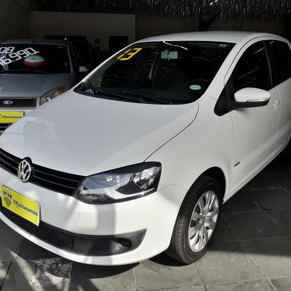 Volkswagen Fox 1.0 Trend Total Flex 4p 2013