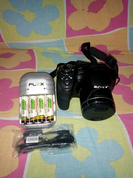 Câmera Cyber Shot (h300)
