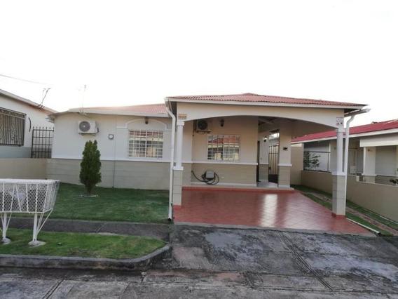 Vendo Casa En Ph Sausalito Gardens, La Chorrera 19-9747**gg*