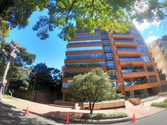 Apartamento En Venta La Cabrera Rah Co:20-483