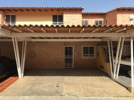 Venta De Town House El Manantial 115mts2 $53.000 Th20-1322z