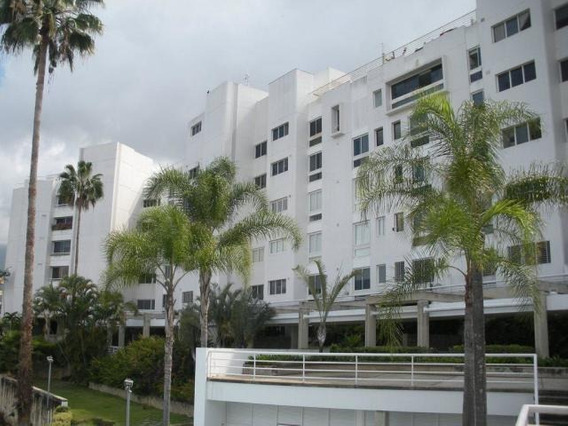 Apartamento En Venta 19-16756