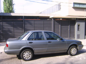 Nissan Sentra Full (alza Vidrios Manuales)
