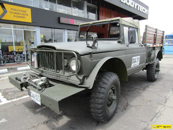 Jeep Willys M 715 Kaiser