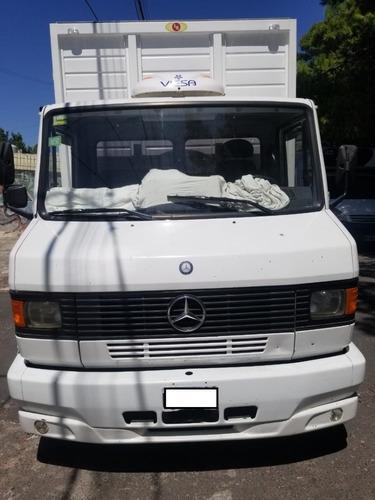 Mercedes-benz 710 Plus