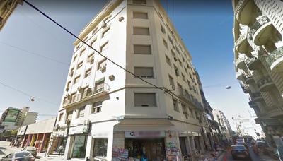Sarmiento Y San Luis. Hermoso Departamento De 90 M2 De Dormitorios.