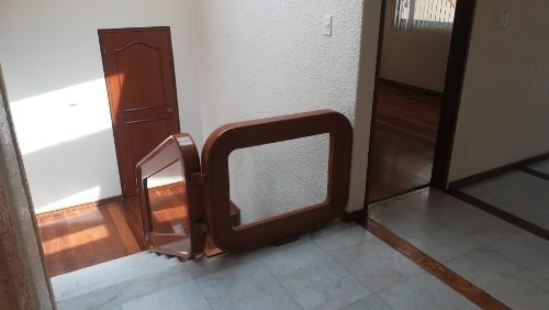 Casa En Venta En Las Arboledas, Cerrada, 5 Rec., 3b. Jardin