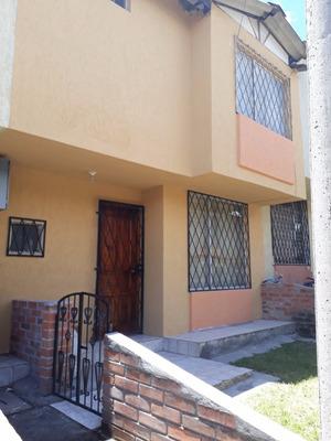 Vendo Hermosa Casa, Conjunto Conde 1, Sur De Quito