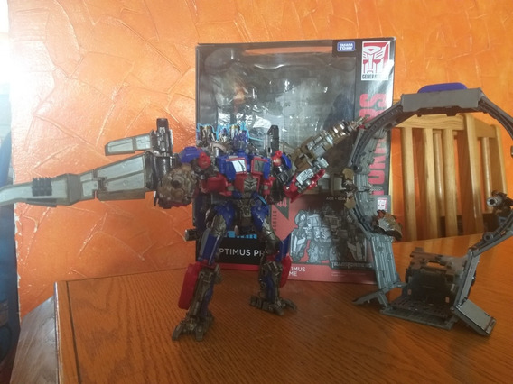Transformers Studio Series Optimus Prime 44 Custom + Leadfoo