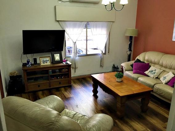 Casa 3 Dormitorios 1 Impecable Estado Parrillero