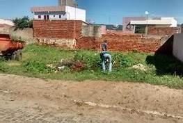 Serviço Limpeza De Terrenos E Ajudante Em Obras