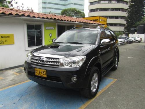 Toyota Fortuner 2011 3.0 Sr5