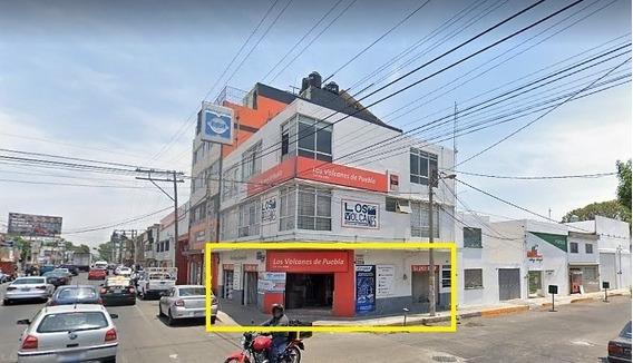 Local En Renta En Esquina Avenida 25 Poniente, Col Volcanes, Puebla