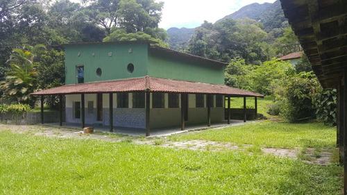 Casa Da Pedra, A Mais Bela Da Região