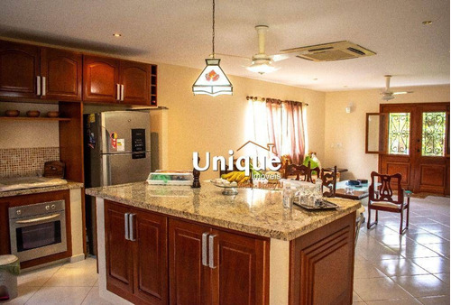 Casa Com 3 Dormitórios À Venda, 177 M² Por R$ 760.000,00 - Rasa - Armação Dos Búzios/rj - Ca1184