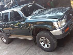Sucata Toyota Hilux 2003/2004 3.0 4x4 4p Bartolomeu Peças